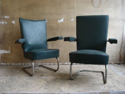 2 x De Wit chroombuis fauteuils