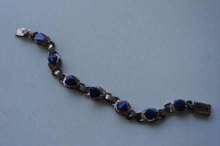 Armband verzilverd met blauwe steen
