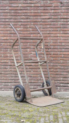Antieke industriële trolley (dezaak)
