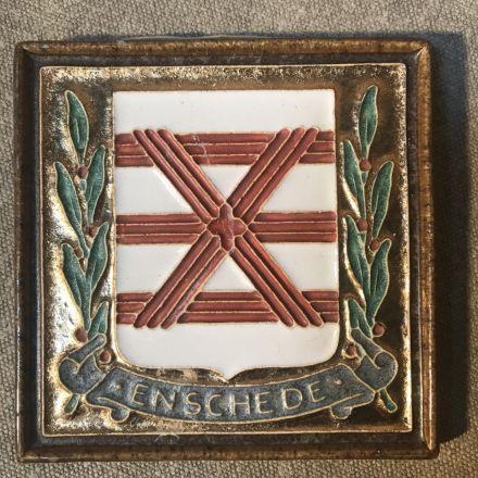Cloisonné-tegel Porceleyne Fles Delft - wapen Enschede