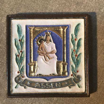 Cloisonné-tegel Porceleyne Fles Delft - wapen Assen