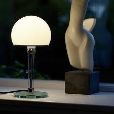 Tafellamp WG 24 van Tecnolumen