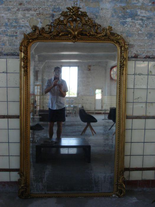 Antieke spiegel met kuif (dezaak)